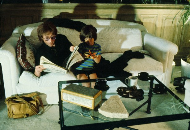 Unseen photos of John Lennon and Yoko Ono, 1980 (6)