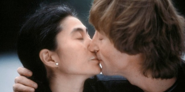 Unseen photos of John Lennon and Yoko Ono, 1980 (9)