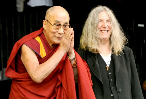 dalailama-pattismith-855x581