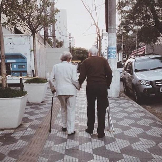 Amores Anônimos