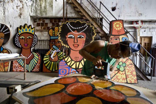 """Joana Lira, exposição """"Quando a vida é uma euforia"""", carnaval 2009_JOSIVAN RODRIGUES_1"""